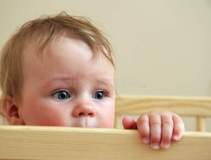 نوزادان از چه چیزهایی میترسند و چرا؟