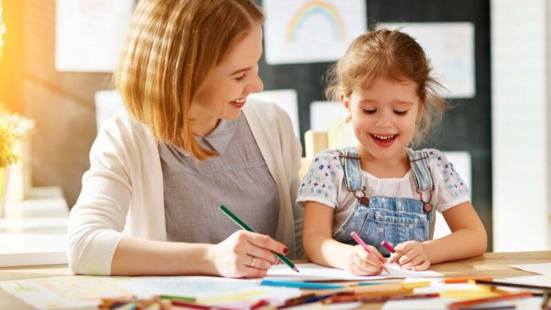 چگونه به کودک مبتلا به اختلال کم توجهی-بیش فعالی کمک کنیم؟