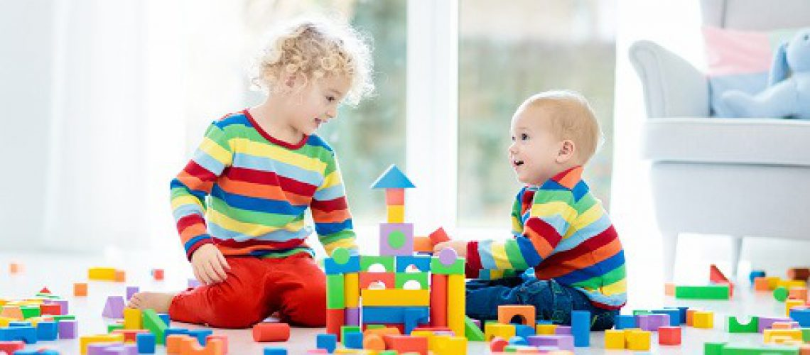 تأثیرات اسباب بازی های نقش آفرین بر کودکان